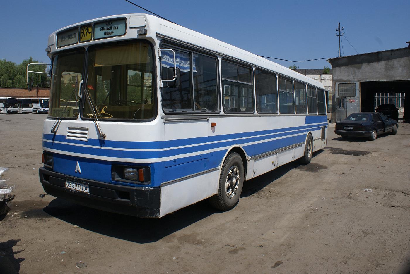 ЛАЗ-52523 №0589 ВІА. Вінниця, автобусний парк