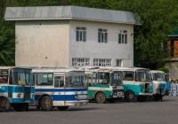 Таджикистан-3205 №990 XE 07, ЛАЗ-699Р №974 XE 07, ПАЗ-3205 №952 XE 07, Таджикистан-3205 №206 XH 07, Кубань-Г1А1 №212 XH 07. Таджикістан, Турсунзаде
