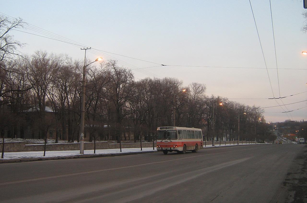 ЛАЗ-42021. Дніпропетровська область, Кривий Ріг